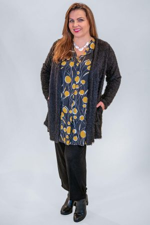 The model in this photo is wearing a fabulouly cosy furry cardi from Verpass in sizes 16-30 at Bakou
